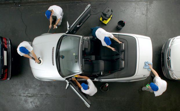 Das Auto wird gehegt und gepflegt, das eigene Wohl<br>vernachlässigt, so die Studie der Hannoverschen. Foto: Fotolia
