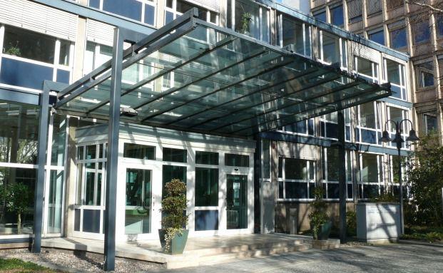 Hauptgebäude der Bundesanstalt für Finanzdienstleistungsaufsicht in Bonn, Sitz der Banken- und Versicherungsaufsicht
