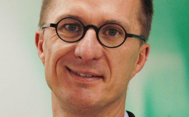 Oliver Behrens, Vorstand der Dekabank für Institutionelle Kunden, Wertpapieranlagen & Kapitalmarkt