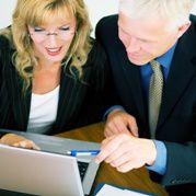 F&uuml;r Frauen bedeutet Sicherheit <br> auch, dass sich ein Experte <br> um ihre Finanzen k&uuml;mmert; <br> Quelle: Fotolia