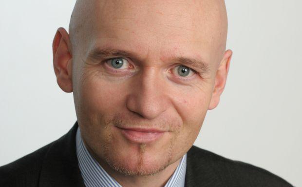 Uwe Bergold, Berater des Noah-Mix OP