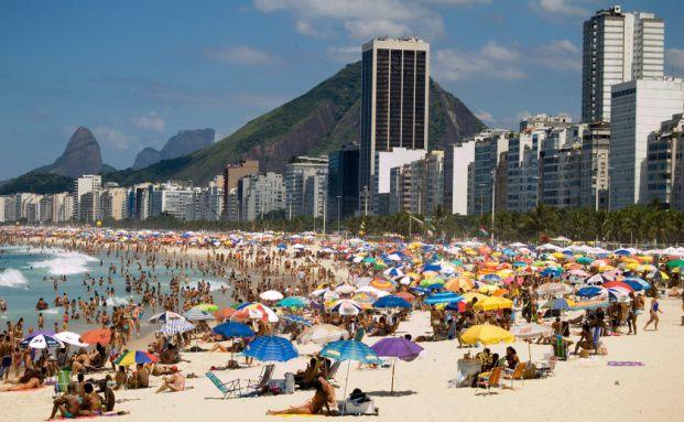 Der Strand Copacabana in Rio de Janeiro, Brasilien. <br> Quelle: Fotolia