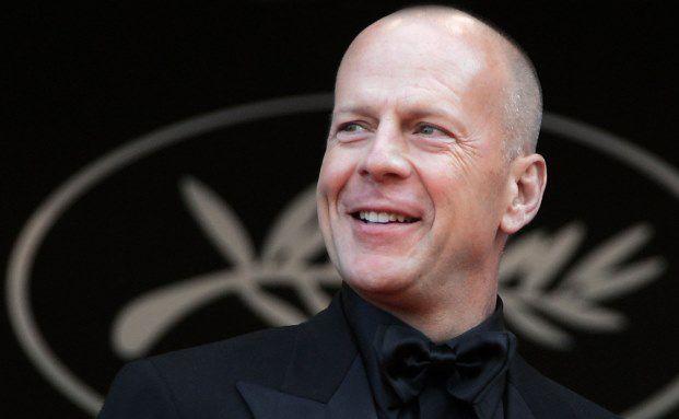 """Laut """"Daily Mail"""" wollte US-Schauspieler Bruce Willis Apple verklagen, weil er bei iTunes erworbene Musik nicht an seine Kinder vererben darf. Aus der Klage wurde nichts, denn laut Nutzungsbedingungen besitzen User lediglich eine Lizenz zur Wiedergabe, keine Eigentumsrechte. (Foto: François Guillot/AFP/Getty Images)"""