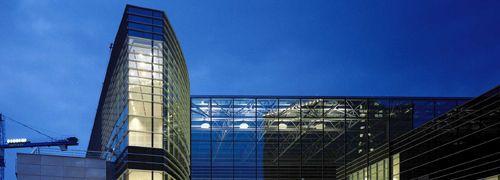 """Bürogebäude """"Mondrian"""" in Brüssel"""