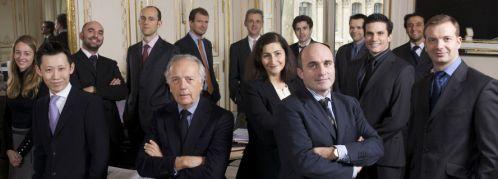 Verm&ouml;gensverwaltung f&uuml;r alle!<br>Der Patrimoine von Edouard Carmignac (zweiter<br>von links) geh&ouml;rt zum Standard in Fondspolicen.