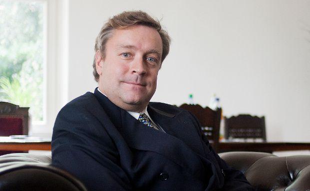 Christoph Bruns ist Fondsmanager, Teilhaber und Vorstand der Oldenburger Vermögensverwaltung Loys.