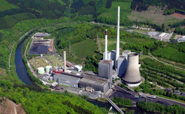 Kohlekraftwerk in Werdohl-Elverlingsen. <br> Quelle: Wikipedia / Dr. G. Schmitz