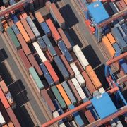 Container im Hamburger Hafen  Quelle: HHLA