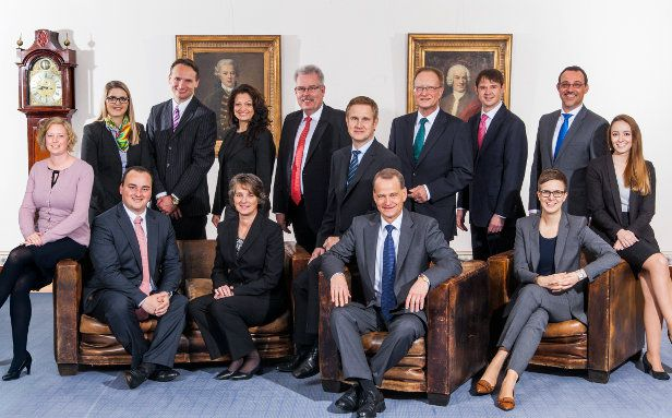 Das 15-köpfige Betreuerteam des Vermögensverwalter Office der Berenberg Bank.