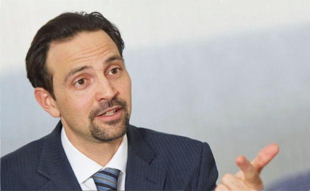 Maximilian Anderl, CFA, ist Leiter für Concentrated Alpha Aktien und leitender Portfoliomanager für die globalen und europäischen Concentrated Alpha Long-only und Long/Short-Strategien bei UBS Asset Management