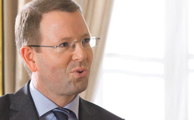 Markus Lange ist Partner und Head of Financial Services Legal bei KPMG in Frankfurt am Main. Lange sitzt zudem bei der europäischen Aufsichtsbehörde ESMA im Beratergremium und ist ein ausgewiesener Experte zum Thema Regulierung in der Anlageberatung und Vermögensverwaltung