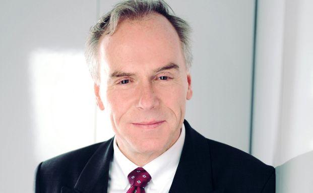 """Johannes Hirsch, antea-Gründer: """"Aktien bieten weiter gutes Potenzial, aber es gibt auch belastende Faktoren""""."""