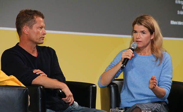 Regisseur und Schauspieler Til Schweiger im Interview mit Anke Engelke. Foto: Oliver Lepold
