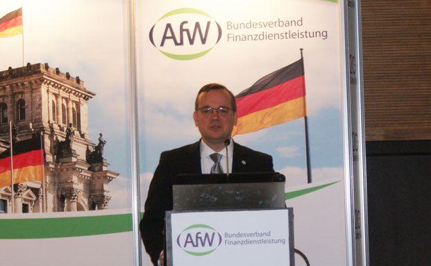 AfW-Vorstand Frank Rottenbacher eröffnet den Jubiläumskongress