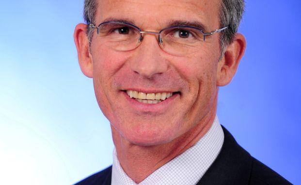 James D. Dilworth, Allianz Global Investors