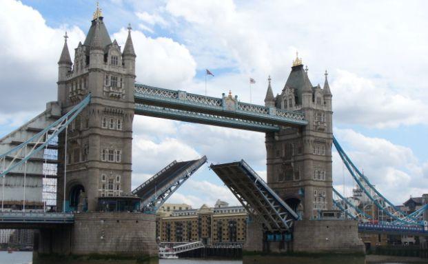 Die Tower Bridge in London. <br> Wohn- und Gewerbeobjekte in Londoner Nobel-Stadtteilen <br> wie West Ende sind bei superreichen Investoren beliebt. <br> Quelle. Getty Images