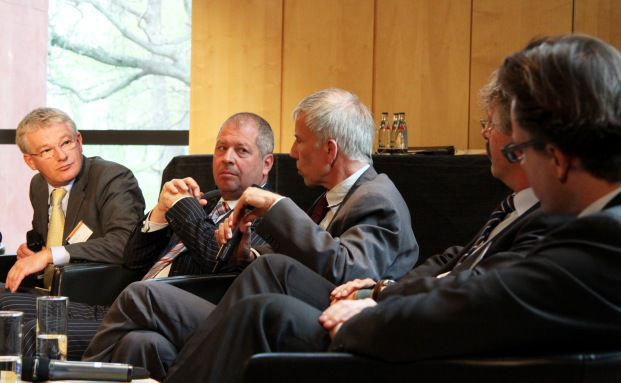 Die Experten von links: Herwig Weise (Mack und Weise),<br>Guido Barthels (Ethna Capital), Ulrich Kaffarnik (DJE),<br>Philipp Vorndran (Flossbach & von Storch),<br>Igor Radovic (Canada Life)