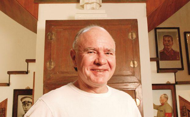 Investor Marc Faber in seinem Wohnsitz in Thailand