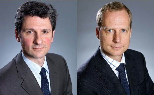 Eugene Philalithis, Fondsmanager des Fonds Fidelity Zins & Dividende, und Dierk Brandenburg, Staatsanleihen-Analyst.