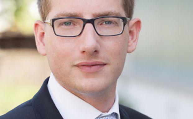 """Florian Müller ist Portfoliomanager bei einer unabhängigen Vermögensverwaltung in Frankfurt sowie Autor des Finanzbuchs """"Vorsorgemodell 4.0"""" und Gründer des Blogs Einmaleins der Börse."""
