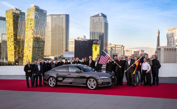 """Bewährungsprobe gemeistert: Der selbstfahrende A7 """"Billy"""" nach seiner 900 Kilometer langen Reise bei der Ankunft in Las Vegas (Foto: Audi AG)"""