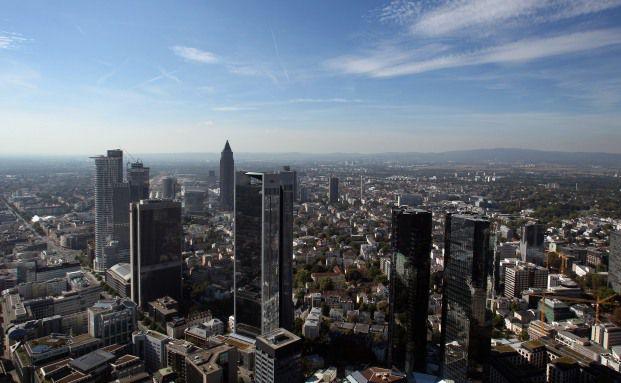 Frankfurt. Viele geschlossene Fonds investieren hier in gewerblich genutzte Immobilien. Foto: Getty Images