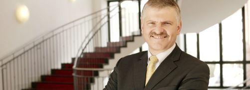 Gottfried Urban, Neue Vermögen AG