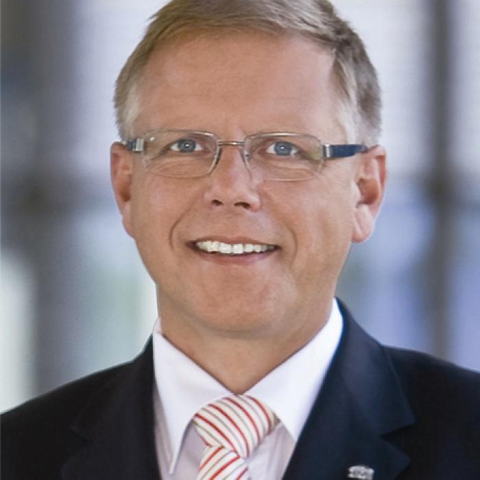 Hamburg Mannheimer Mit Neuem Vorstand Das Investment