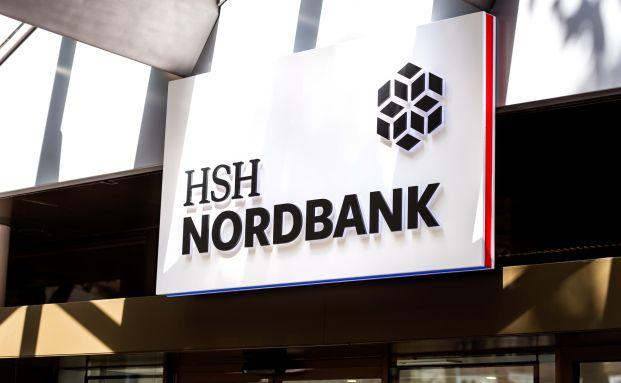 Fassade der HSH Nordbank: Trotz der Schwierigkeiten, in denen die Landesbank der nördlichen Bundesländer steckt, verdienen ihre Mitarbeiter überdurchchnittlich gut.