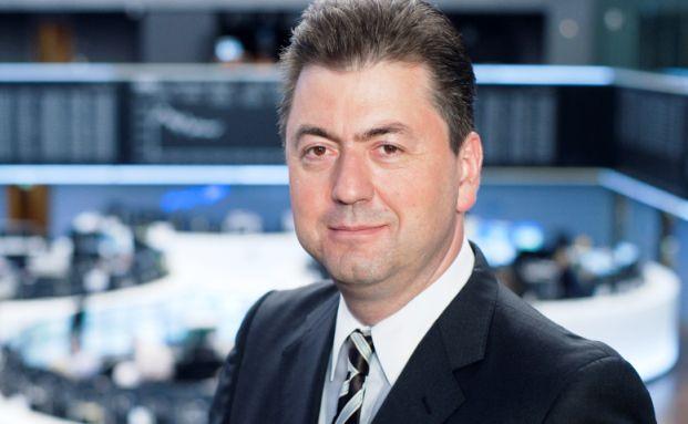 Der Dax im Falle eines Grexit: Robert Halver, Leiter Kapitalmarktanalyse und Fernseh-Kommentator der Baader-Bank, sagt dem deutschen Leitindex eine Talfahrt mit baldiger Erholung voraus.