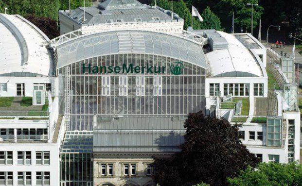 Die Hanse-Merkur in Hamburg.