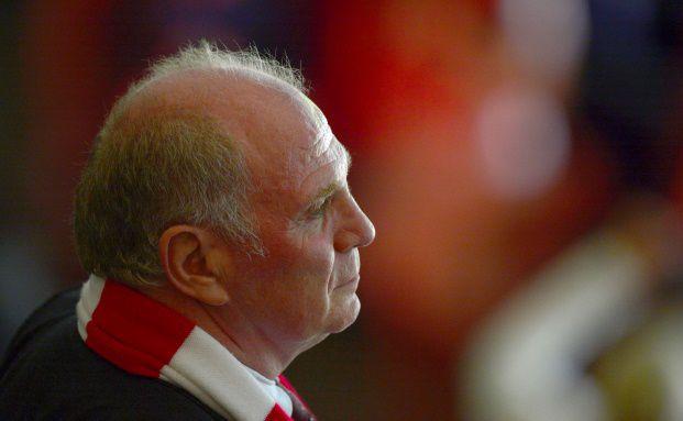Eigentor des Jahres: Steuerflucht von Bayern-München-Präsidenten Uli Hoeneß