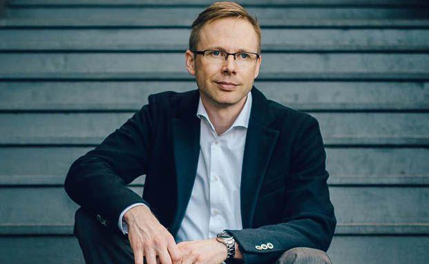 Moniert unter anderem die steuerliche Ungleichbehandlung von Honorar- und Provisionsberatung: Holger Scheve
