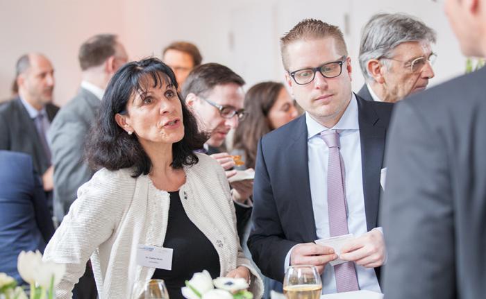 Schöne Location, interessante Vorträge, nette Kontakte - und insgesamt voller Erfolg: Tag der Fondsmanager im Palais Frankfurt. Foto: Christian Scholtysik