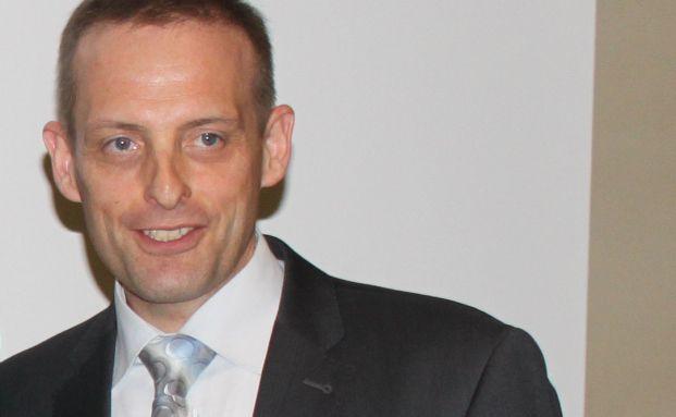 Jörg Richter, IQF, verteidigt die Prüfsystematik des Fuchsbriefe-<br>Vermögensmanager-Reports.