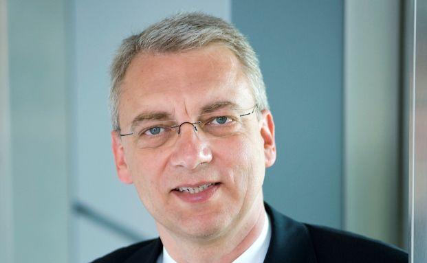 Klaus Nieding,Vorstand der Rechtsanwaltskanzlei Nieding+Barth, vertritt die Solar-Millennium-Gläubiger