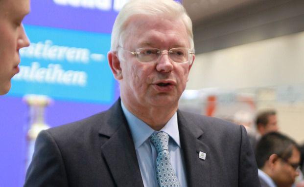 Roland Koch im Gespräch mit DAS INVESTMENT