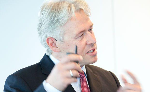 Bernhard Langer (49) ist seit 1994 bei der US-Fondsgesellschaft Invesco. (Foto: Chr. Scholtysik / P.Hipp)