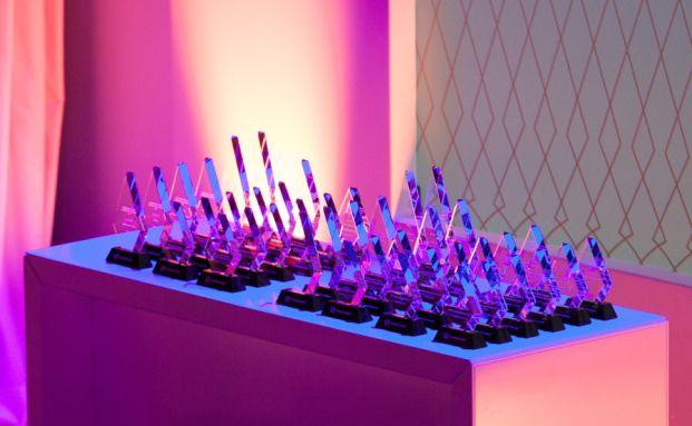Die begehrten Lipper-Awards. Foto: Christian Scholtysik