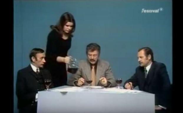 Lassen Sie uns über Geld sprechen: Jahrhundert-Humorist Loriot (Mitte)