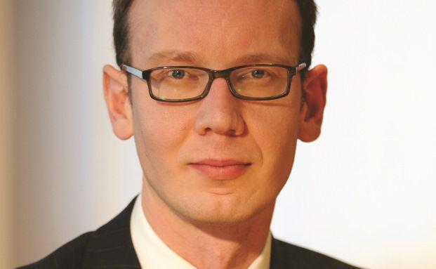 James Tomlins managt den European High Yield Bond Fund, den Global Floating Rate High Yield Fund und den Global High Yield Bond Fund bei M&G