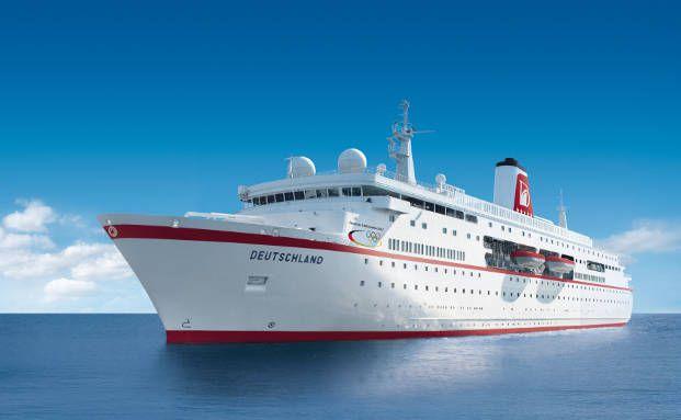 Die MS Deutschland in Aktion (Foto: Reederei Peter Deilmann GmbH)