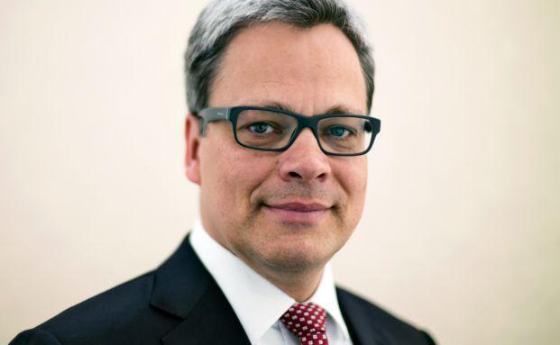 Manfred Knof, Allianz
