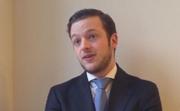 Mario Eisenegger, Investmentspezialist im Anleihenteam von M&G, Screenshot. Das Video steht unten