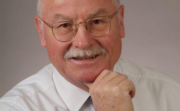 Martin W. Hüfner