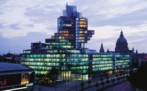 Die Nord LB in Hannover. Der Bank drohen Bußgelder wegen möglicher Beihilfe zur Steuerhinterziehung. Foto: Nord LB