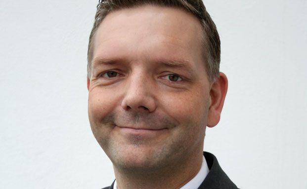 Stefan Olsson, Lloyd Fonds