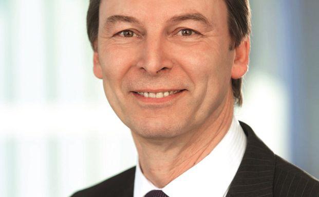 Dieter Pfeiffenberger, Bereichsvorstand Immobilienfinanzierung der Deutschen Postbank/DSL Bank, Bonn
