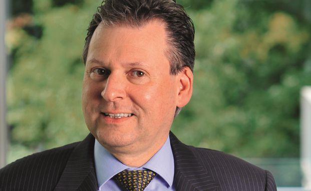 Oliver Porr ist Geschäftsführer bei LHI Leasing