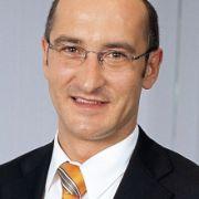 Oliver Renner, Kanzlei Wüterich Breucker